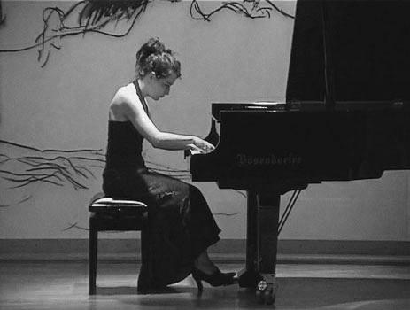 03-pianist34BW